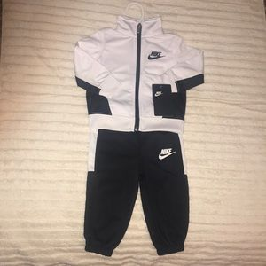 Nike 2-Piece set